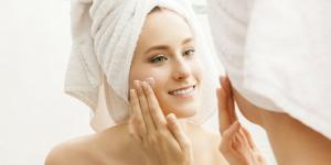 melhor esfoliante para o rosto como usar
